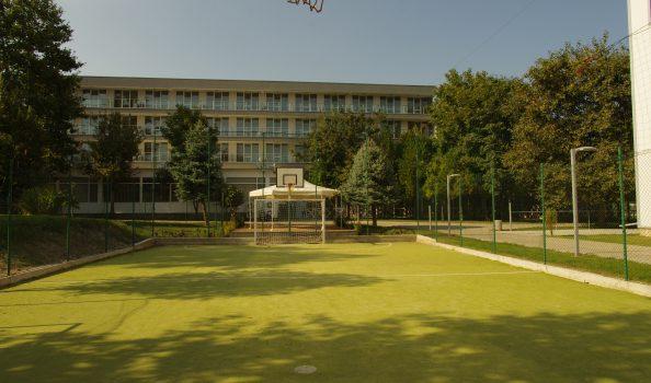 Малая спортивная площадка